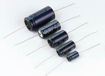 10uF / 100V vandret elektrolyt