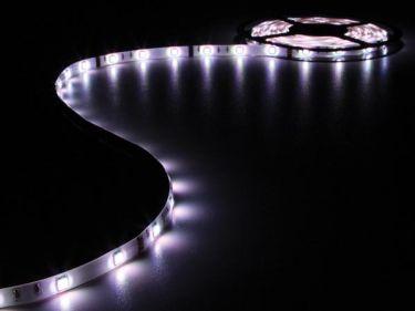 """<span class=""""c9"""">Velleman -</span> Stænktæt LED strip (IP61) 12V, RGB (10cm klip"""
