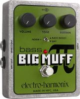 Electro Harmonix Bass Big Muff, Built like a tank and looks like a